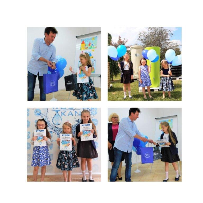 Na zdjęciach osoby wyróżnione w konkursie odbierają nagrody z rąk pracownika Spółki i od Pani Dyrektor Jolanty Gajdy. 3 dziewczynki pozują z balonami na tle zbiorników na deszczówkę oraz z dyplomami na tle ścianki z napisem WOD-KAN